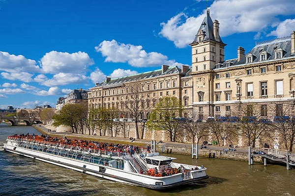 Cruises, Sailing & Water Tours in France